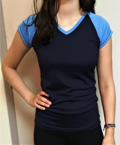 T-shirt sportif 2 tons - Devant / Sport t-shirt 2 colors - Front