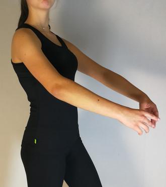 camisole-patinage-noir-2.jpg