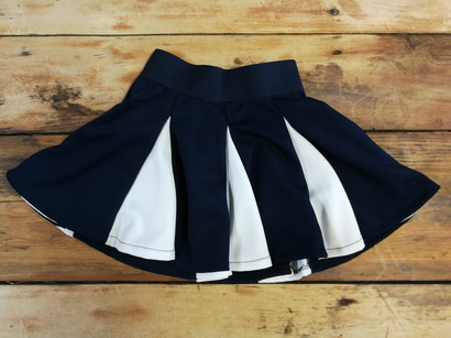 Jupe Cheerleading 2 tons - Devant / Cheerleading skirt 2 colors - Front