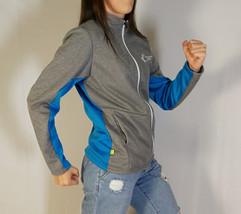 veste-sportive-gris-bleu-blanc-2.jpg