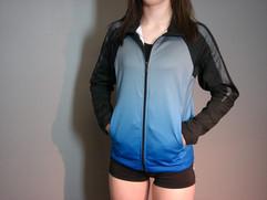 veste-sportive-dégradé-bleu-gris.jpg