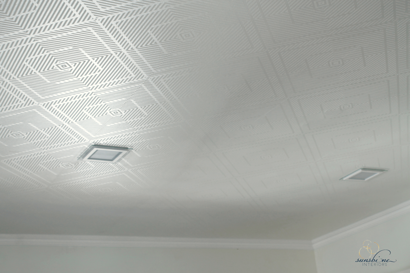 detail ceiling and lights
