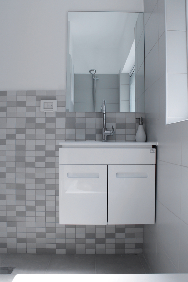 bathroom 2_