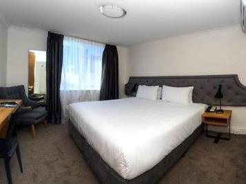 pensione hotel.jpg