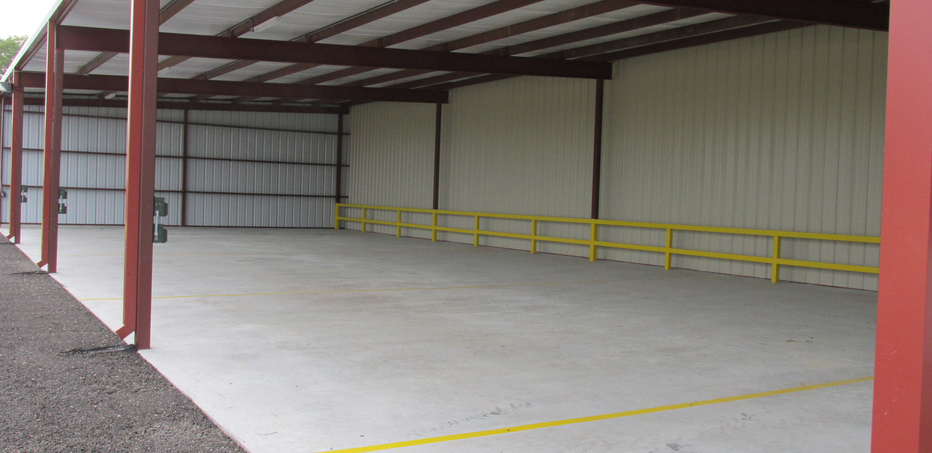 self storage covered parking pic 2.JPG