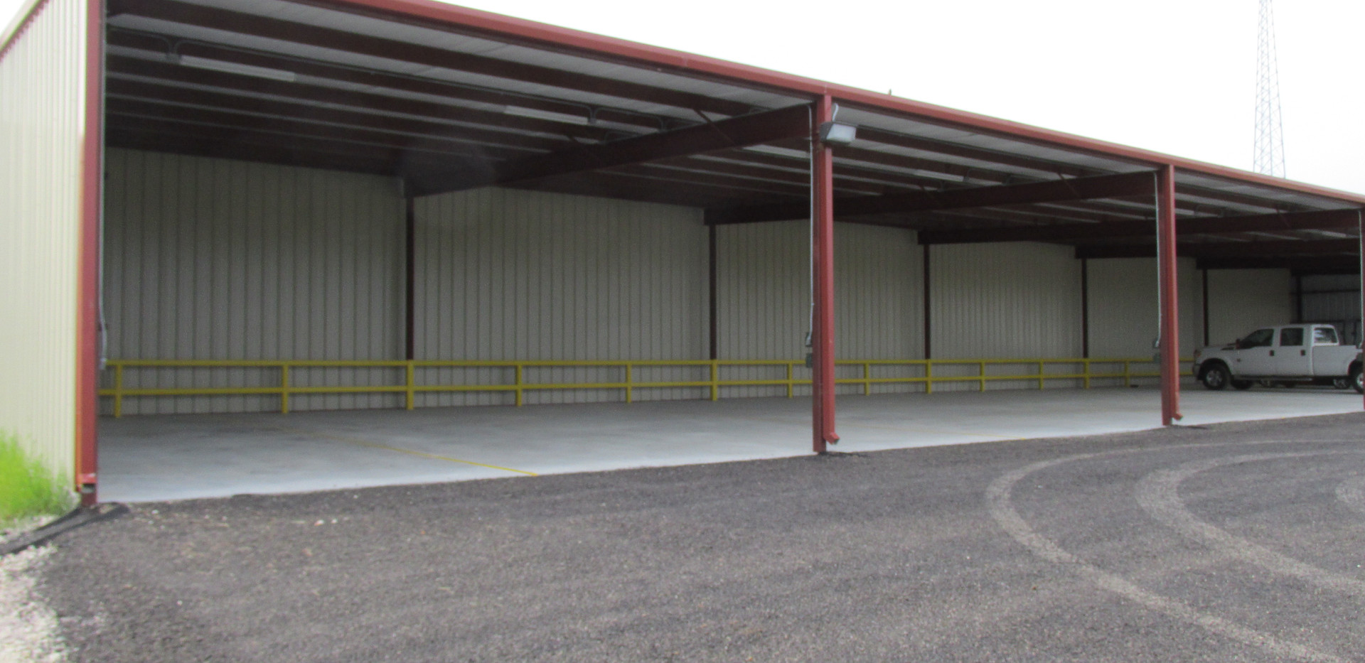 self storage covered parking pic 3.JPG