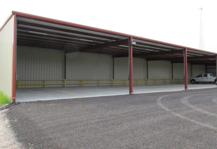 self storage covered parking pic 3.JPG
