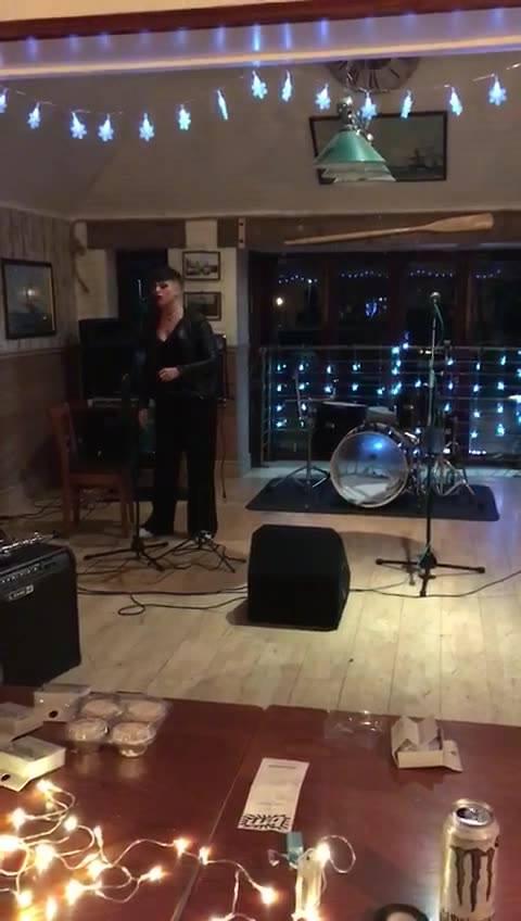 Shallow Live December 2018