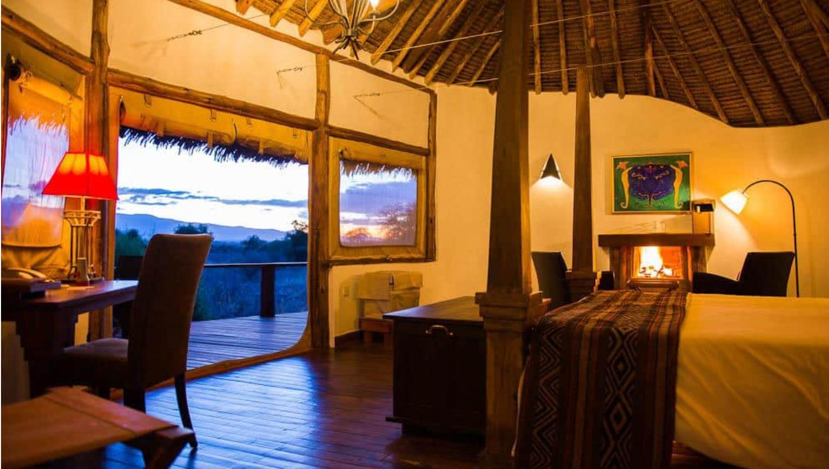 Tawi Lodge Suite.jpg