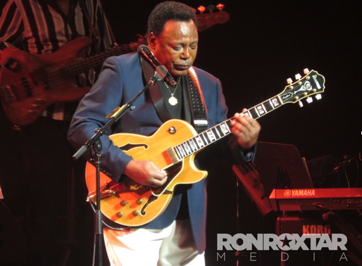 George Benson is a              class act at Montreal Jazz Fest.