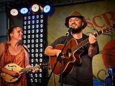 Chloe and Jason Roweth National Folk Festival 2016 Scrumpy Bar
