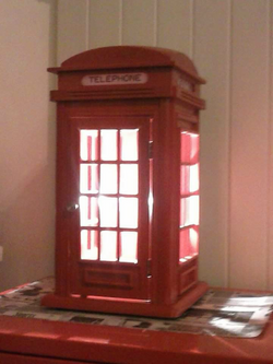 Phone Booth Table Lamp 140