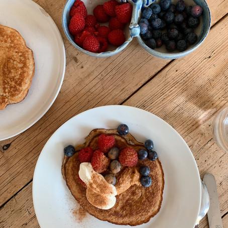 Delicious, Fluffy 4 Ingredient Pancake Recipe