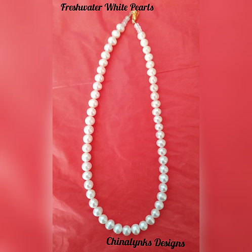 FRESHWATER WHITE PEARL NECKLACE