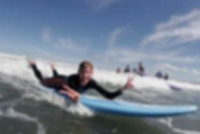 Learn to surf with Raglan Surf school