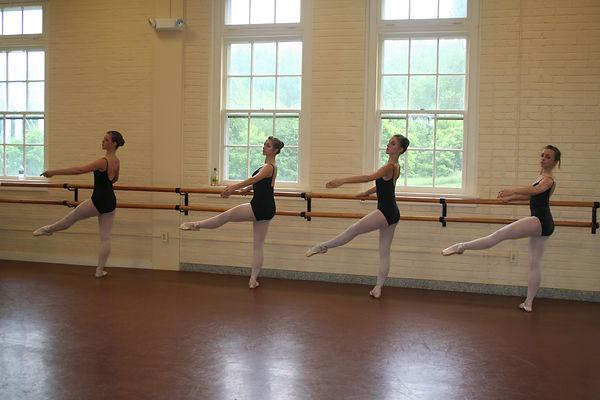 ballet class 2009 035.jpg