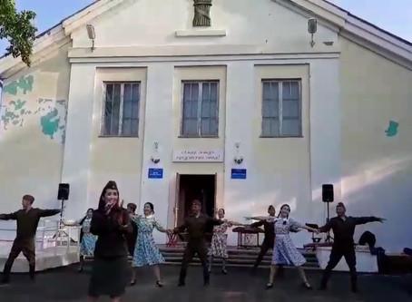 """""""АМАР САЙН"""" В АГА-ХАНГИЛЕ"""