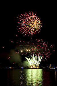St. James Marine & Fogg Towing   On Water Fireworks