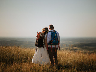 Small weddings and tradition: A compromise or a new trend