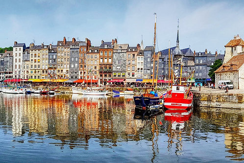 Discover the wonderful town of Honfleur