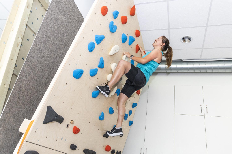 Boulderwand_Therapie klettern (4)