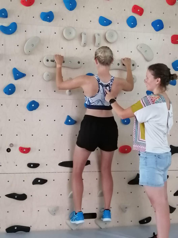 Einschulung Physios Boulderwand (3)