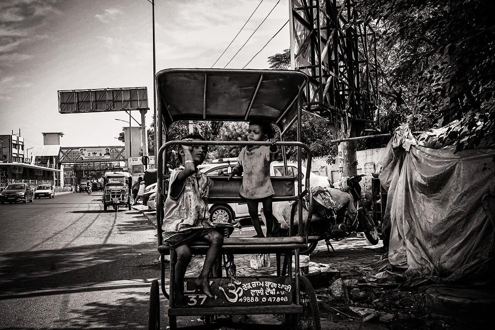 Eyes2Me Photography -wedding documentary photographer - Street image taken in India