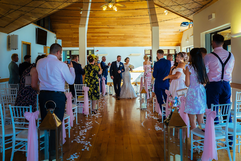 Wedding ceremony Canada Lodge and Lake Cardiff