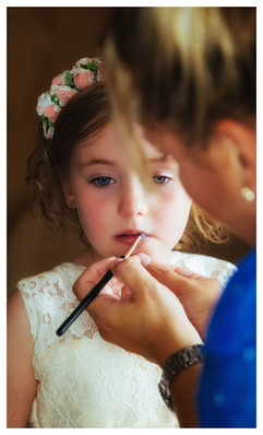 Bridesmaid getting ready at a cardiff wedding