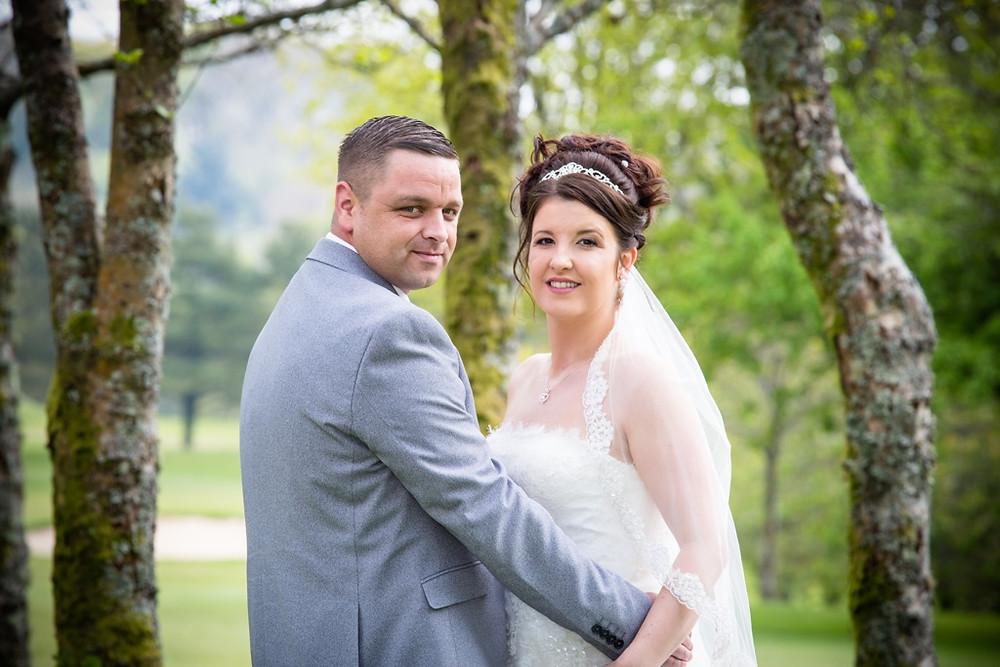 Wedding photographs in the ground of Ridgeway golf club