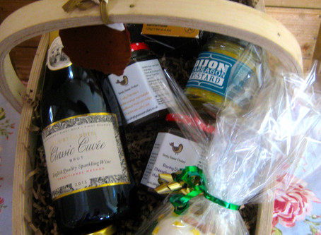 Christmas hampers now available to order