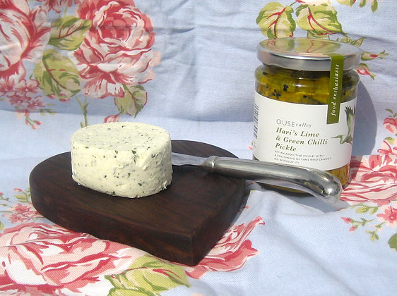 High Weald Goats cheese with garlic and herbs