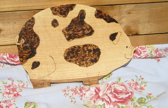 Pig chopping board