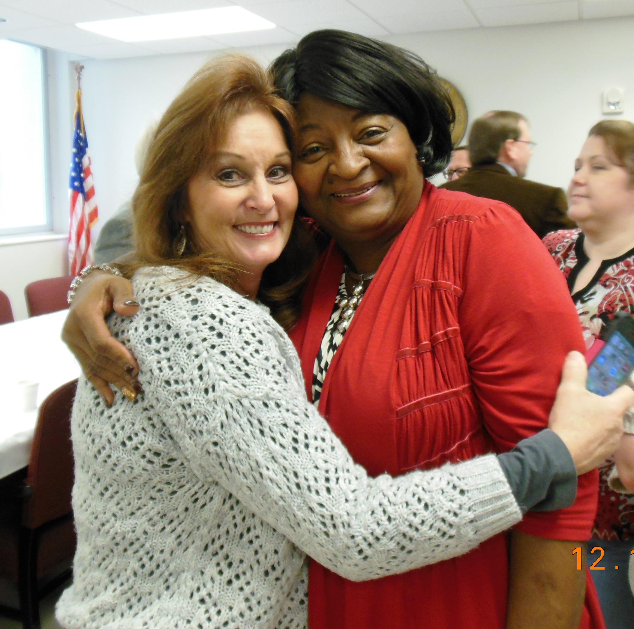 Donna & Carolyn.JPG