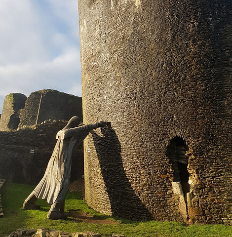Caerphilly%20castle%2C%20wales%20Uniited