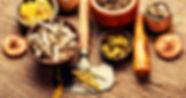 medicinal-healing-herbs-APT7VEZ.jpg