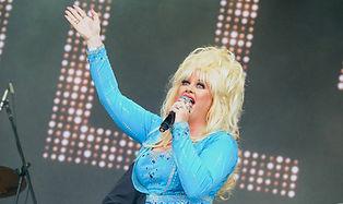Dolly Parton Sarah Jayne.jpg