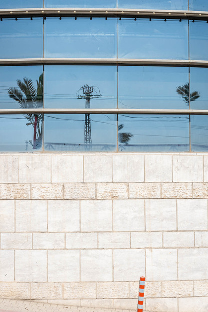 mf_Spiegelung_Tel_Aviv_020221_027.jpg