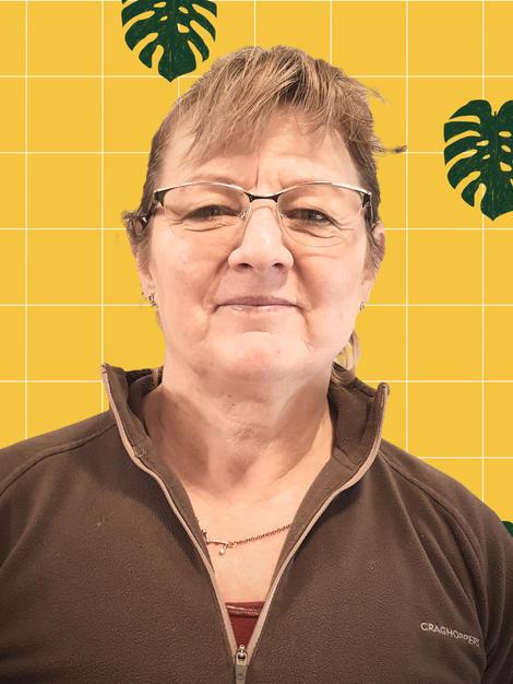 Dr Agnes - Science teacher