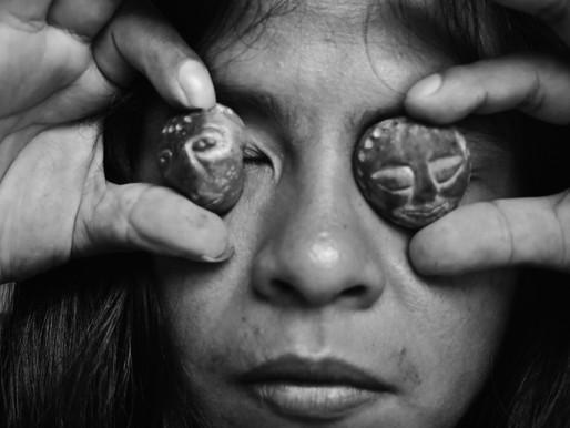 Abril Indígena: Literatura, cinema e entrevista com o multiartista indígena Yaku