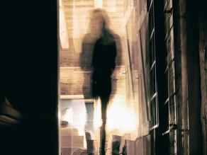 Apparitions : Le couloir des esprits...