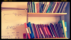 bookshelf_edited
