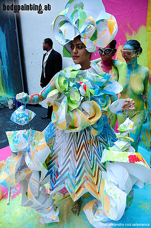 Mike Shane Bodypainting Origami-Dress by Diana Gamboa