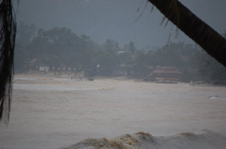 Floods in Koh Samui 2011