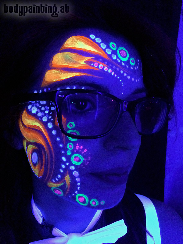 uv-bodypainting_neonparty_024