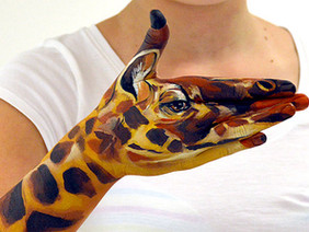 TYROMOTION Hand Bodypainting