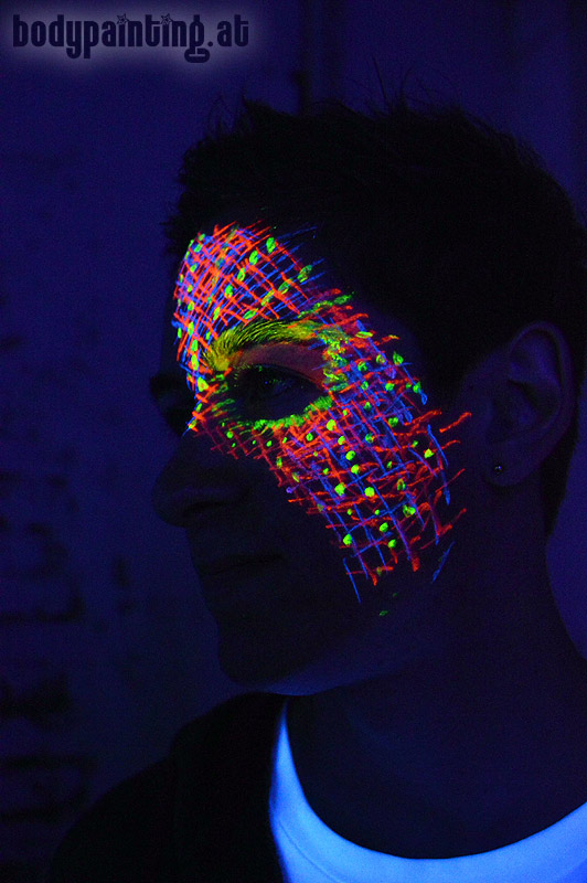 uv-bodypainting_neonparty_009