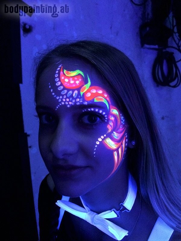 uv-bodypainting_neonparty_027