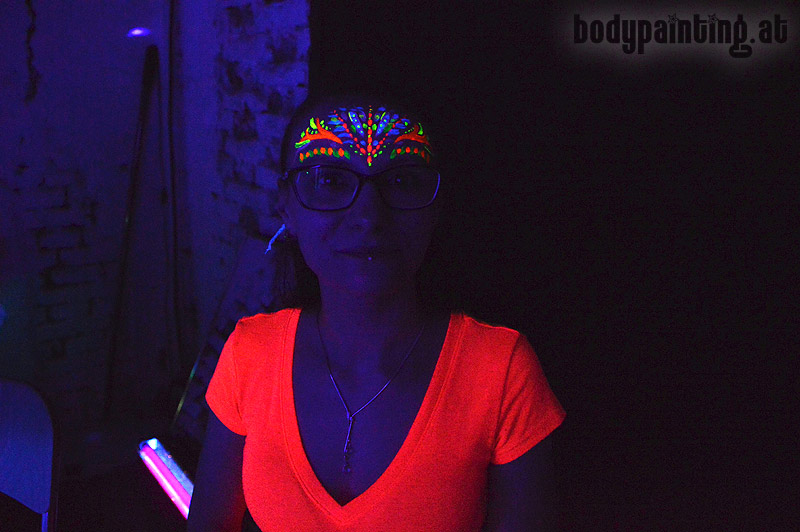 uv-bodypainting_neonparty_018