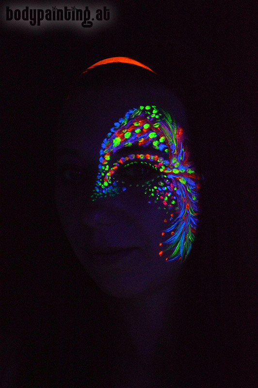 uv-bodypainting_neonparty_007
